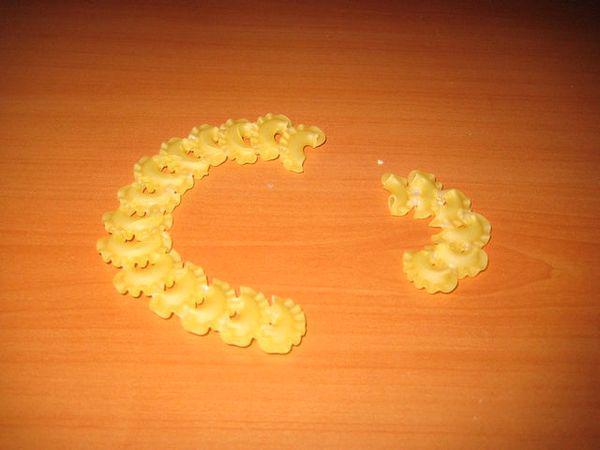 Поделки из макарон своими руками 10