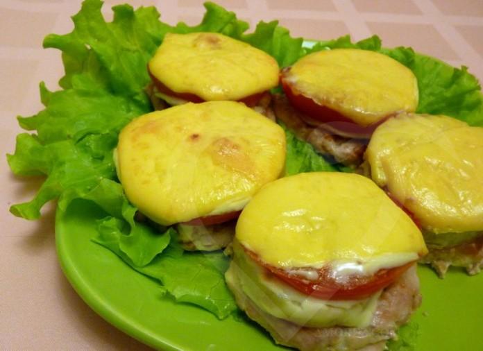 Котлеты в духовке с грибами под сыром в духовке рецепт