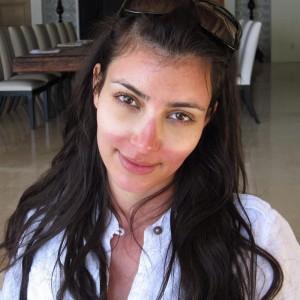 kim-kardashian-coup-de-soleil-18125_w1000