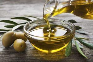 olive-oil-e1477688886994