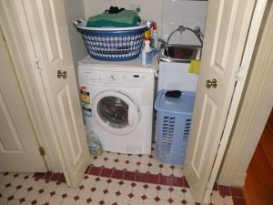 800px-washing_machine-850x637