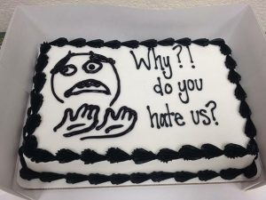 funny-farewell-cakes-quitting-job-26-583d43fecd16d__605