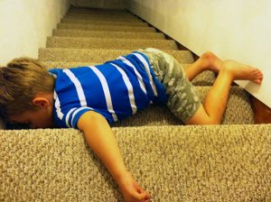 funny-kids-sleeping-anywhere-70-57a9888911fe2__605