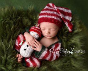 newborn-babies-christmas-photoshoot-knit-crochet-outfits-23-584ac7ca91b88__880