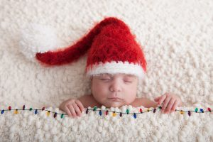 newborn-babies-christmas-photoshoot-knit-crochet-outfits-3-584ac7a014c0c__880