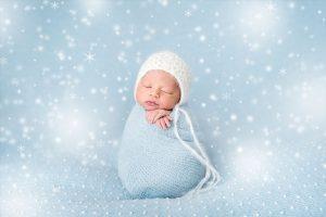 newborn-babies-christmas-photoshoot-knit-crochet-outfits-4-584ac7a1e7cbb__880