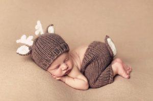 newborn-babies-christmas-photoshoot-knit-crochet-outfits-53-584e5db809e61__880