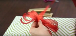 wrapping-bow